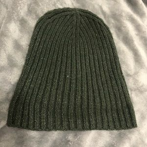 Accessories - Green beanie